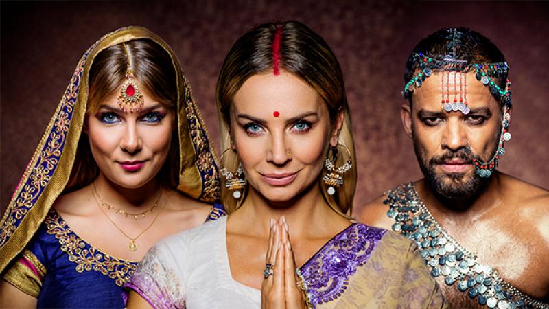 """Gwiazdy """"Azja Express"""" pozują w indyjskich stylizacjach"""