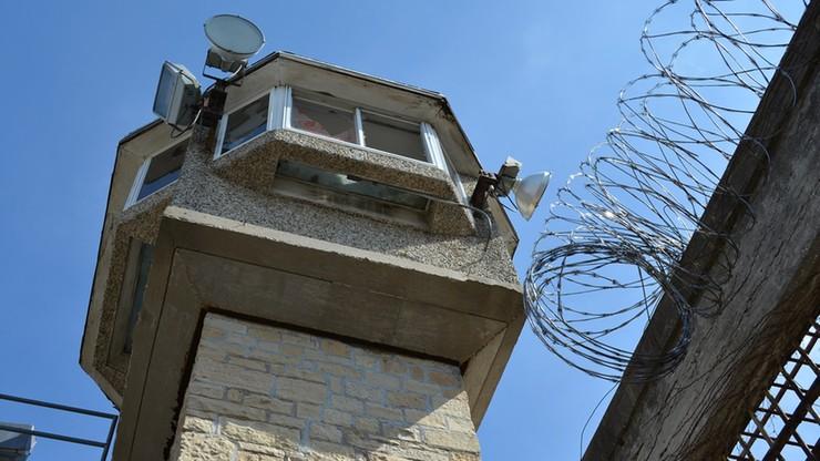 Koronawirus: więzienia w Kalifornii opuści blisko 18 tys. skazanych. Wśród nich groźni przestępcy
