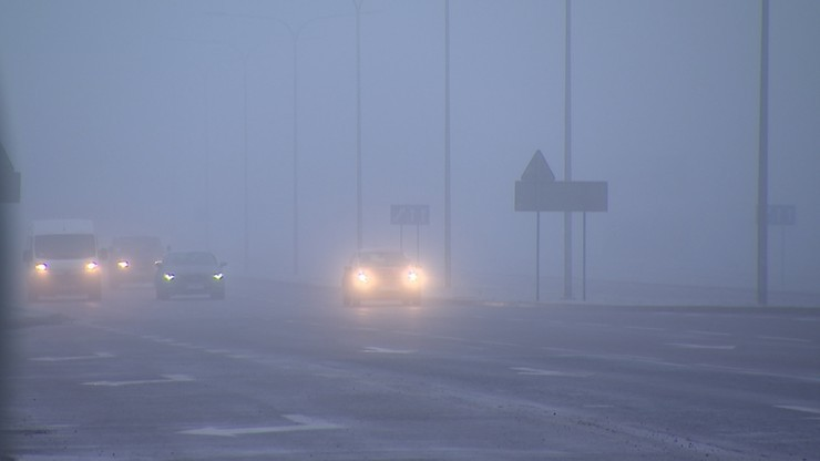 Silne mgły na terenie południowej, wschodniej i centralnej Polski