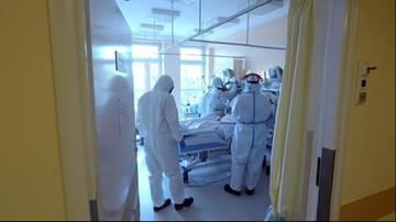 Wzbierająca fala zachorowań. Za dwa tygodnie może zabraknąć respiratorów