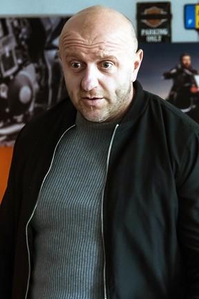 """""""Policjantki i Policjanci"""": Gdzie są narkotyki z baru Białacha?"""