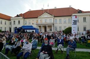Więcej niż 150 osób na koncertach i imprezach plenerowych