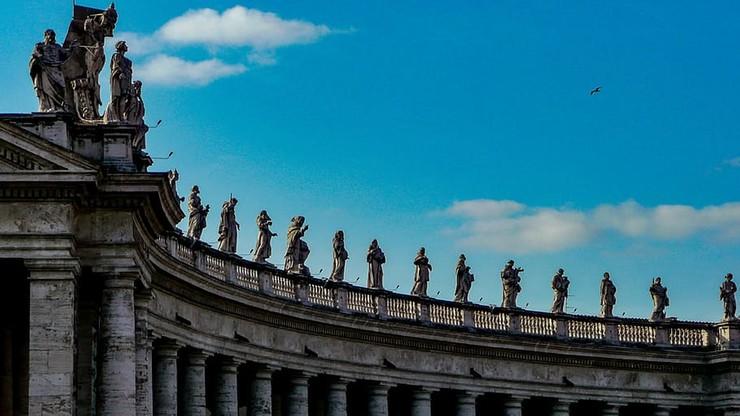 Watykan dodaje wezwania do litanii. Jednak nie tak łatwo je przetłumaczyć