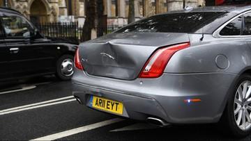 Kolizja z udziałem auta premiera Wielkiej Brytanii [WIDEO]