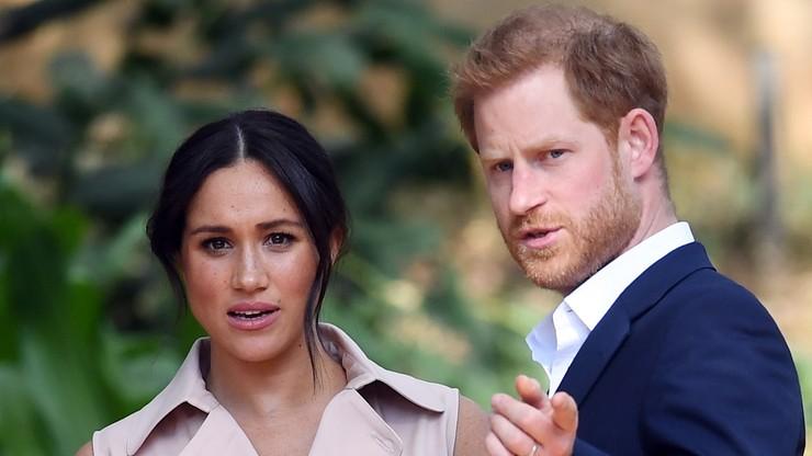 """Książę Harry i księżna Meghan ograniczą swoją rolę w rodzinie królewskiej. """"Chcemy zacząć pracować"""""""