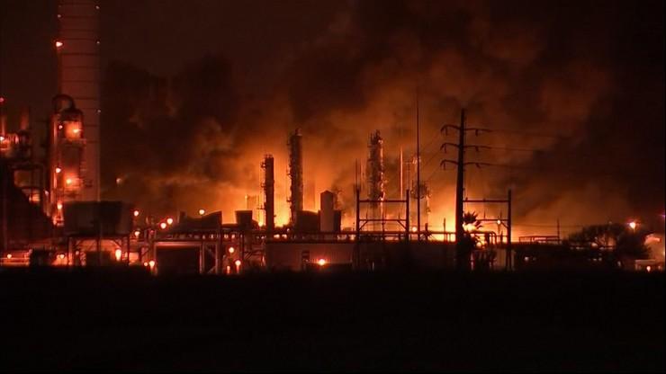 Eksplozja w zakładzie chemicznym w Teksasie. Kula ognia i budynki zniszczone w promieniu 60 km