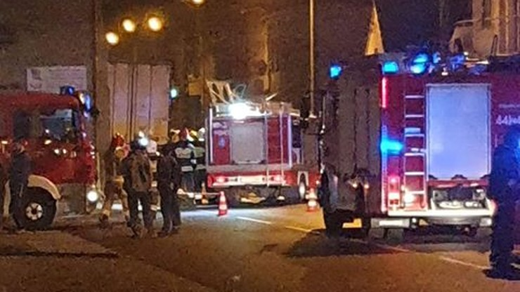 Wypadek w Rakoniewicach. Tir wbił się w domy i i uszkodził przyłącza gazowe