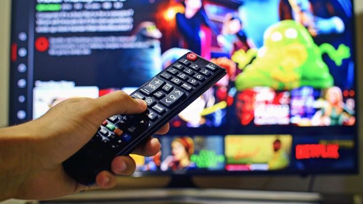 Nie możesz uruchomić Netflixa w telewizorze? Dowiedz się dlaczego
