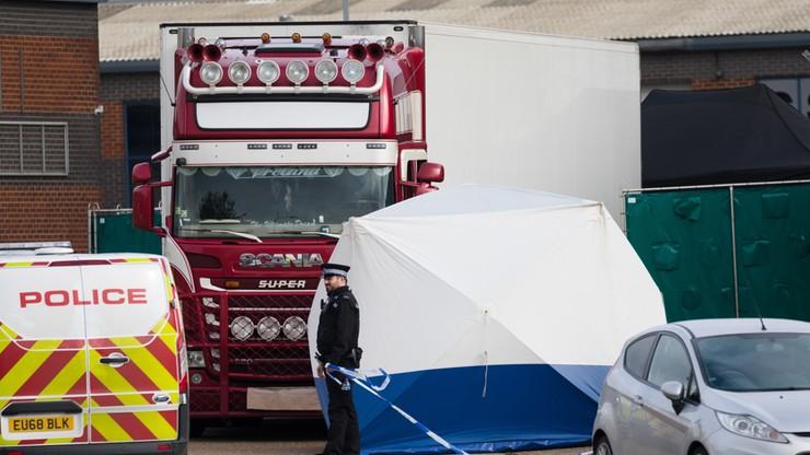 W. Brytania: wśród ciał znalezionych w ciężarówce było 10 nastolatków