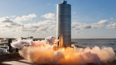 Oto kolejny lot prototypu statku Starship. SN6 wznosi się na 150 metrów [FILM]
