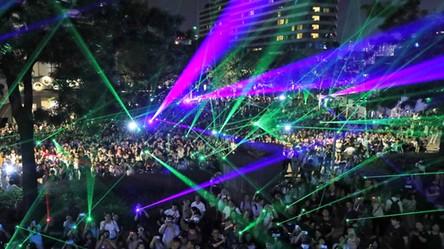 Protestujący w Chile zniszczyli policyjnego drona kompaktowymi laserami