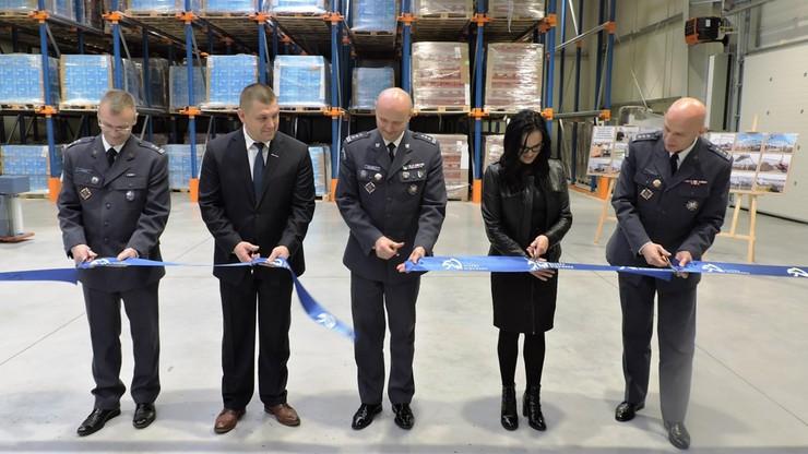 Więźniowie będą pakować. W zakładzie karnym otwarto halę produkcyjną