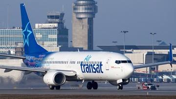 Rodzina z chorym dzieckiem wyrzucona z samolotu. Pasażerowie wpadli w panikę