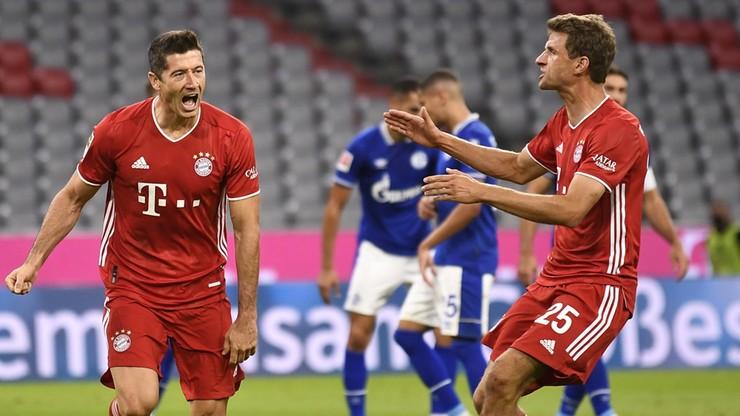 Liga niemiecka: Bayern rozgromił Schalke na inaugurację sezonu, gol i dwie asysty Lewandowskiego