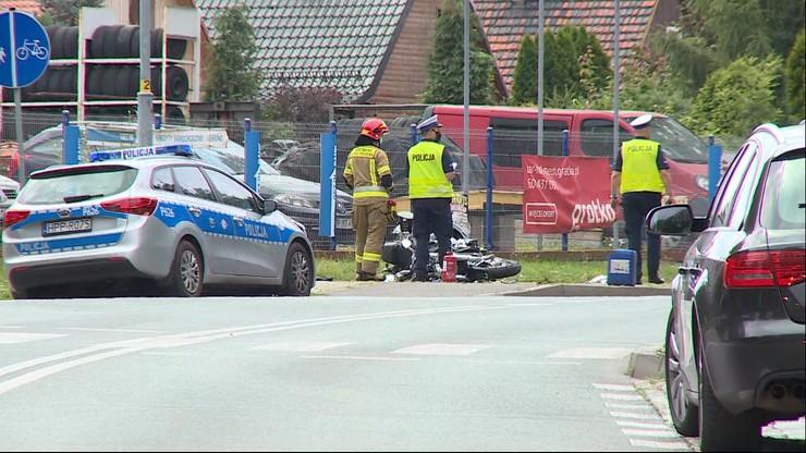"""Kolejny wypadek z udziałem motocyklisty. """"Przewrócił się i wpadł pod samochód"""""""