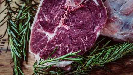 Mięso z probówki może być pełne roślinnych składników odżywczych