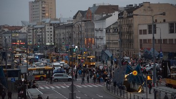 Protesty w Warszawie. Blokada skrzyżowania na Pradze