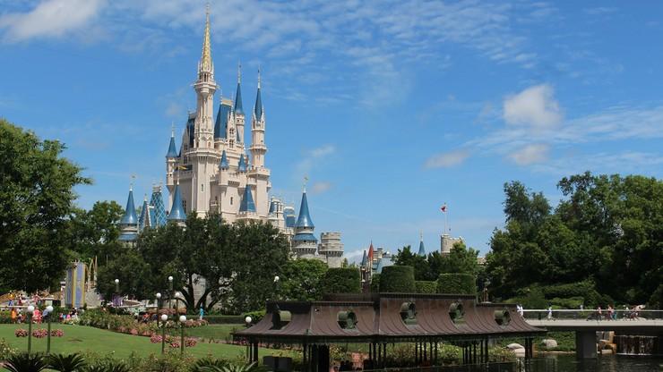 Walt Disney w ciężkich czasach. Myszka Miki chora na koronawirusa