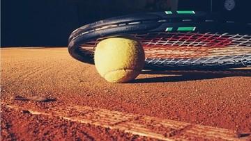 Chcieli pograć w tenisa, ale było za późno. Usłyszeli zarzuty