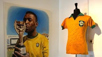 Pamiątkowa koszulka Pelego wylicytowana. Cena była wysoka