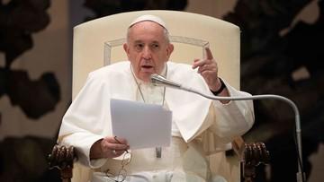 """Franciszek popiera ochronę prawną związków. """"Homoseksualiści na to zasługują"""""""