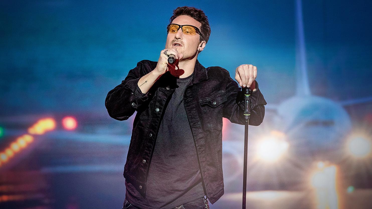 """Znakomity Karol Dziuba z przebojem U2 """"Beautiful Day"""""""
