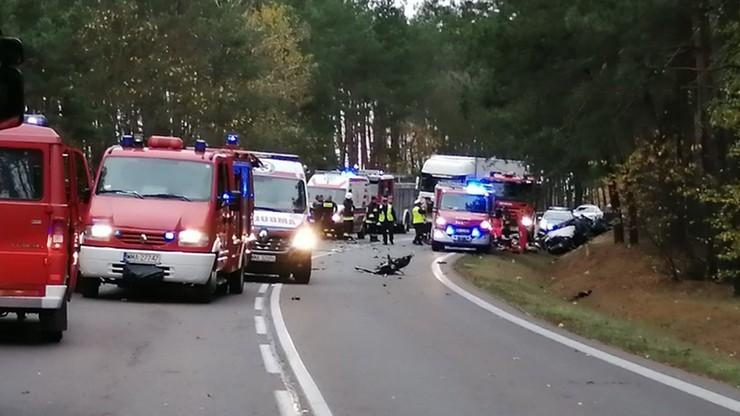 Wypadek pod Ostrołęką. Nie żyją naczelnik wydziału w KGP i jego żona