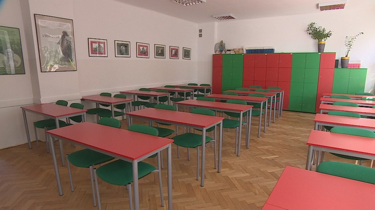 Koronawirus w szkole. Zakażonych 13 uczniów i nauczyciel