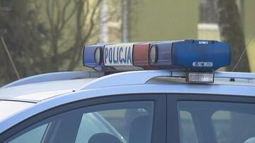 Nietrzeźwy jechał busem, proponował łapówkę i groził policjantowi