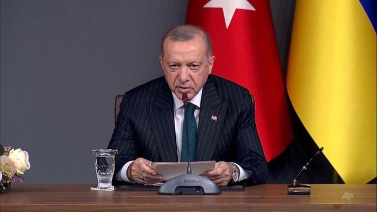 """Prezydent Turcji znów """"wysłał"""" Macrona na badania psychiatryczne. """"Ma obsesję"""""""