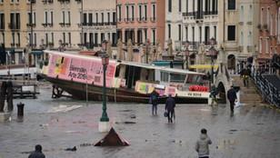 Śmierć w Wenecji! ''Stoimy w obliczu apokaliptycznego, totalnego zniszczenia''