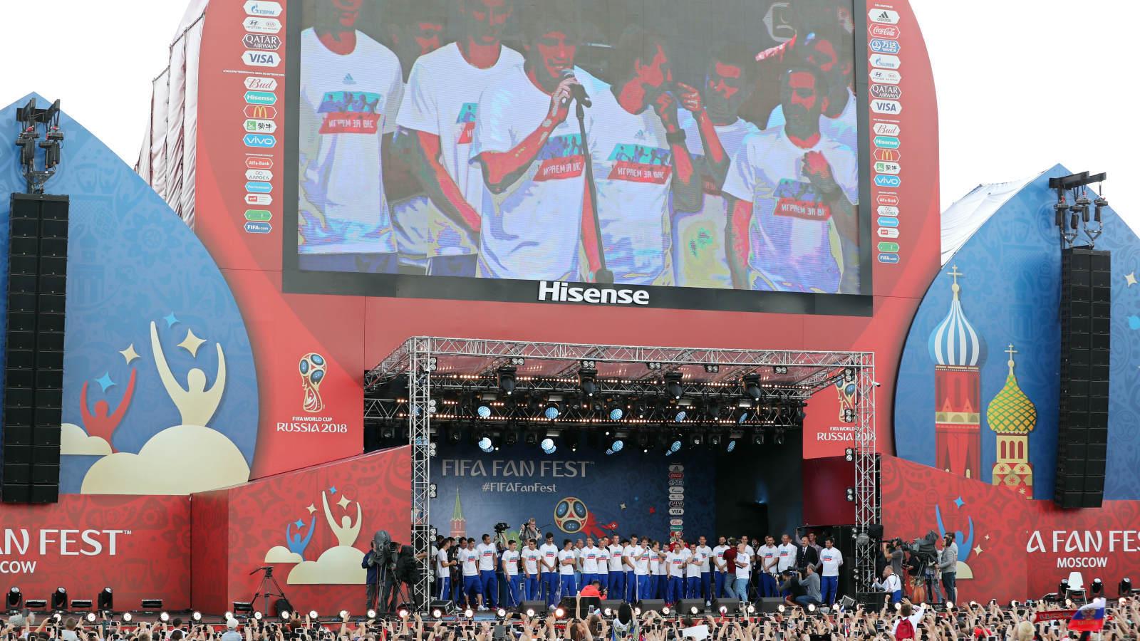 Chorwaci wyekspediowali z mundialu gospodarzy - oglądaj wideo TVN24