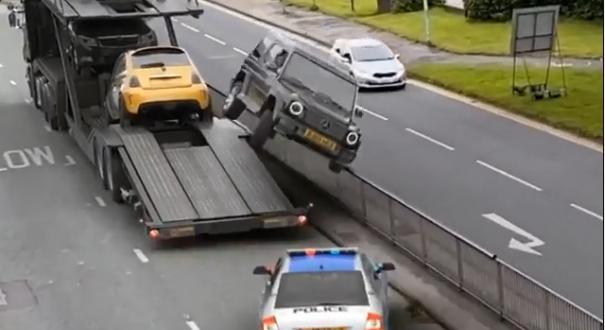 Moment zahaczenia SUV-a o barierki