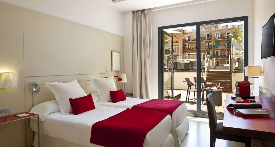 Grupotel Gran Via 678 Barcelona Hiszpania Opis Hotelu